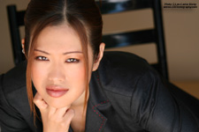 Tomomi - Headshots - Copyright - Lon Casler Bixby - www.lcbphotography.com - All Rights Reserved